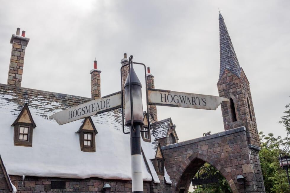 Hogsmeade and Hogwarts Visiting Harry Potter World Orlando