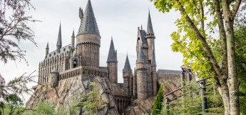 Hogwarts Castle Visiting Harry Potter World Orlando