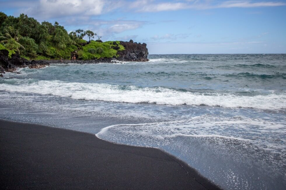 Road to Hana Tour Black Sand Beach